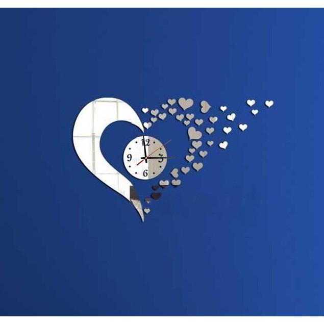 DIY Mirrored Heart Walk Clock