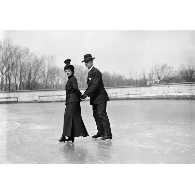 Ice Skaters./Nmr. R.P. Hobson And His Wife On Ice Skates, Skating Together