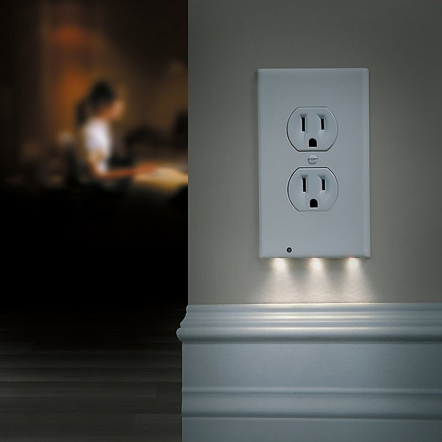 Night Angel 3 LED Duplex Night Light Outlet Cover