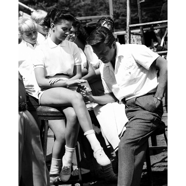 Natalie Wood and Robert Wagner on the set of Marjorie Morningstar in Schroo