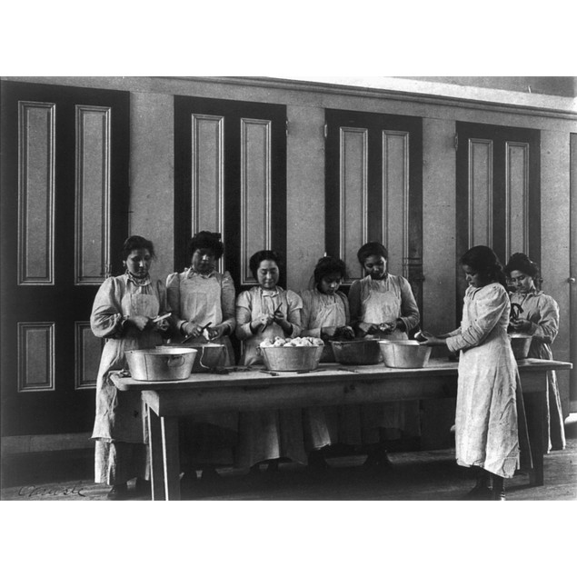 Carlisle School, C1901. /Ncooking Class At The Carlisle Indian School In Ca