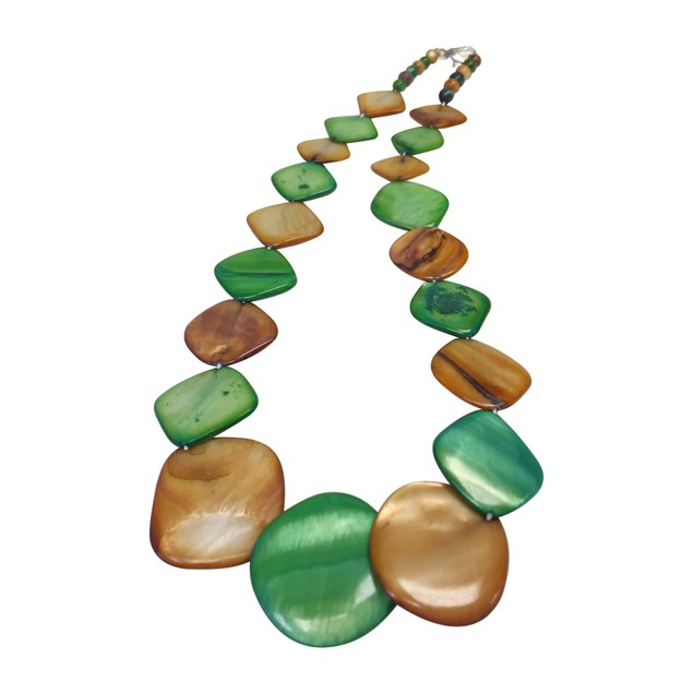 OYSTER BAY COLLECTION Mint & Caramel Square Mother-of-Pearl Necklace