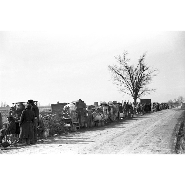 Sharecroppers, 1939. /Nevicted Sharecroppers Standing Along Highway 60, New