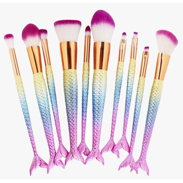 Mermaid Tail Rainbow Brush Set