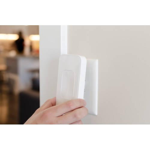 Switchmate Home Automation Kit  (Power Outlet + 4 Smart Light Attachments)