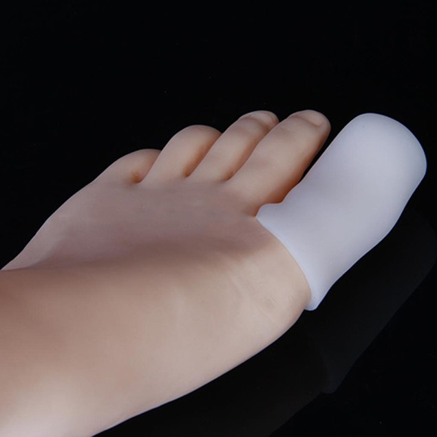 of Silicone Footcare Protective Toe Caps to Prevent Blisters Corns