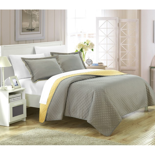 Chic Home 3 Pc. Leona Reversible Color Block design Quilt with Shams Set