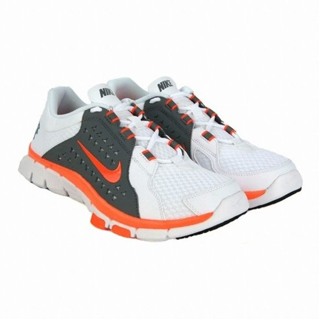 Nike Superflex Tr  Training Shoes Size:6 (525730 103)
