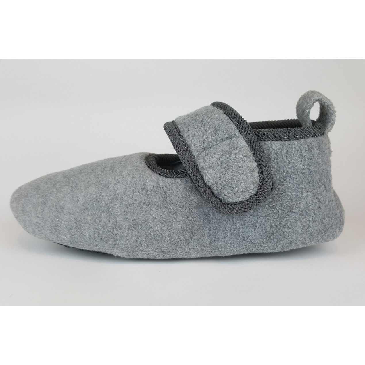 Slippers With Lavatech Technology