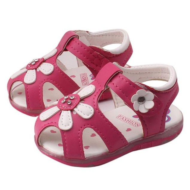 New Sunflower Girls Sandals Lighted Soft-Soled Princess Shoes