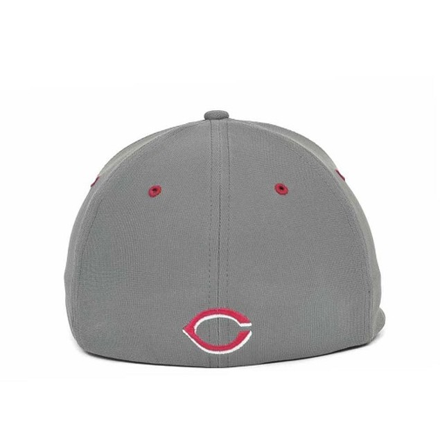 "Cincinnati Reds MLB 47' Brand ""Fission"" Stretch Fitted Hat"