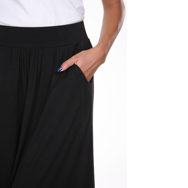 Winter maxi skirt with pockets