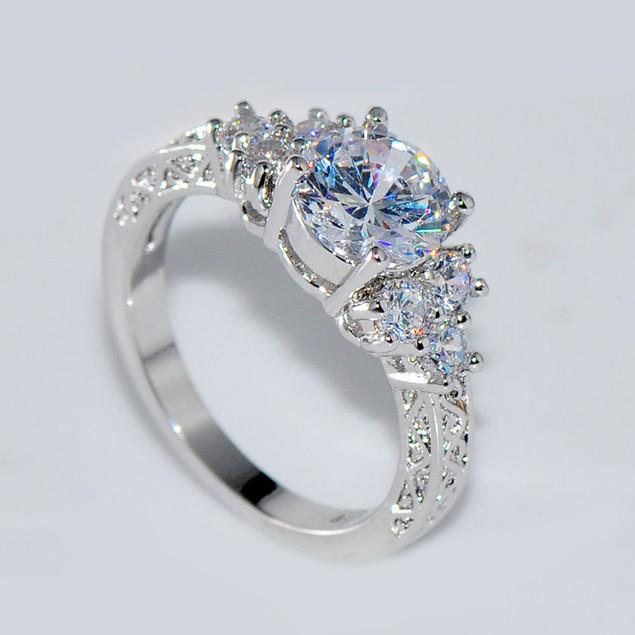 Women Luxury White Sapphire Rhinestone Ring