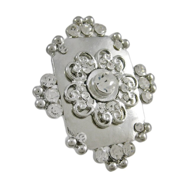 Beautiful Chunky Silvertone Rhinestone Stretch Womens Rings