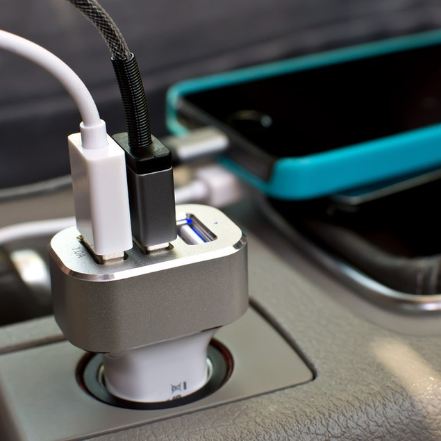 LAX High-Speed 3-Port 5.1A USB Car Charger