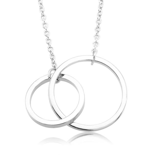 Modern Interlocking Circles Silver Necklace