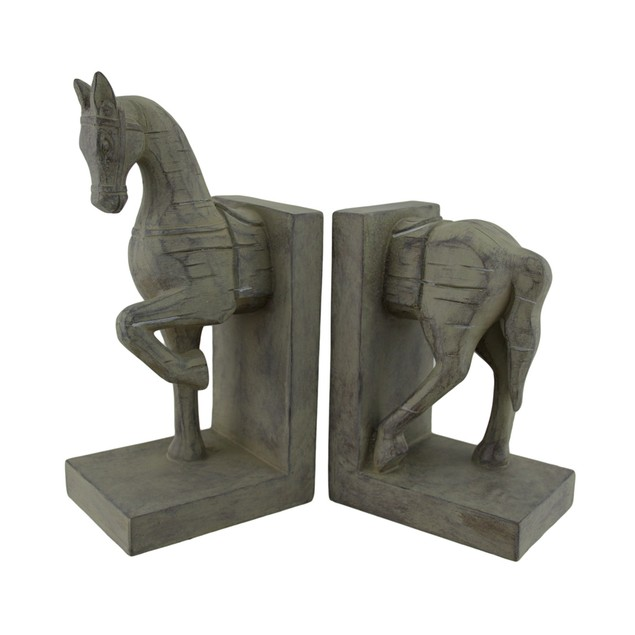Distressed Finish Carved Wood Look Horse Head And Decorative Bookends