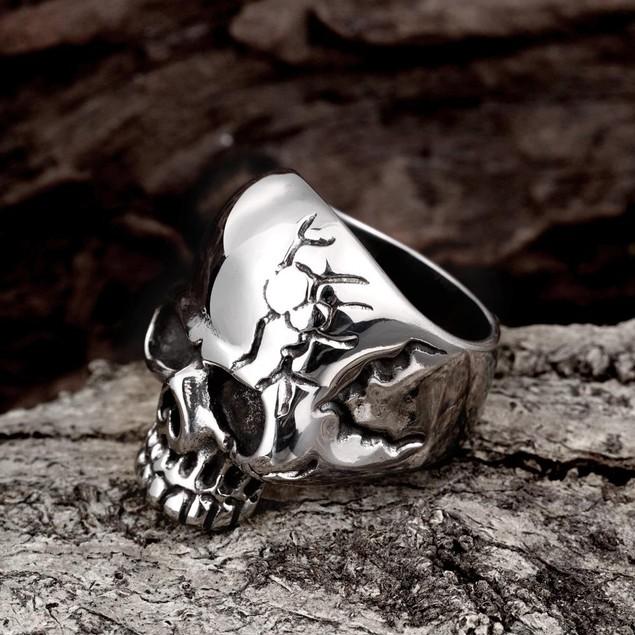 Stainless Steel Cracked Skull Ring