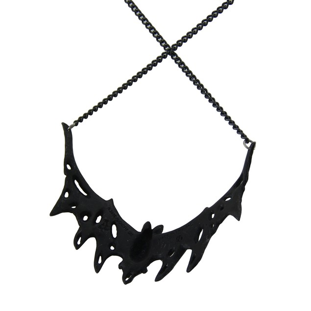 Alchemy Gothic Villa Diodati Swooping Bat Necklace Pendant Necklaces