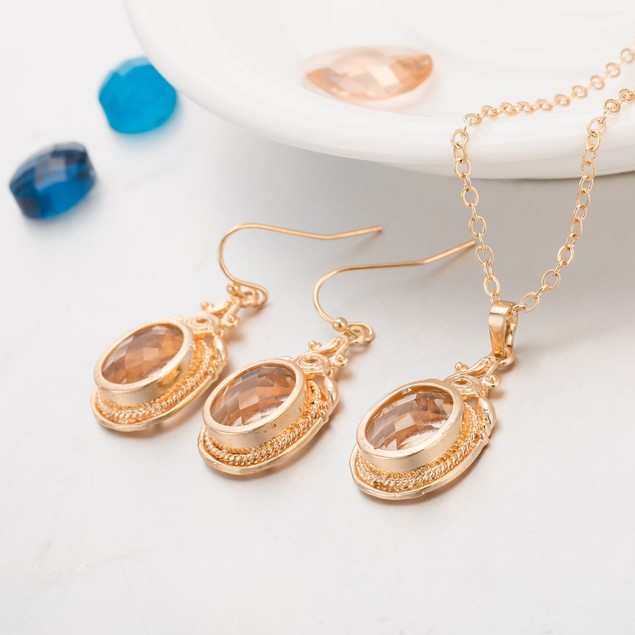 Gold Plated New York Inspired Ivory Necklace & Earrings Set