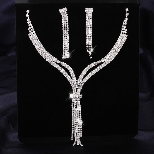 Glamorous CZ Lariat Necklace and Earring Set