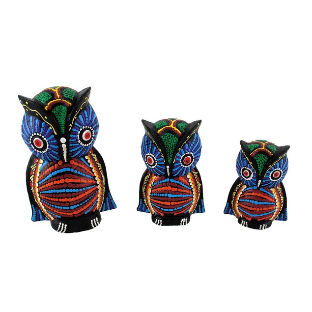 Set Of 3 Wooden Dot Painted Owl Figures Statues