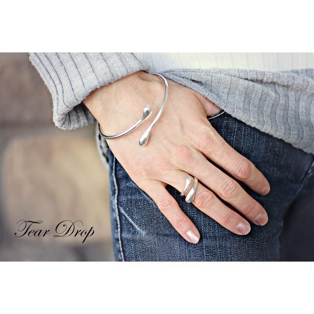 Tear Drop Bangle Bracelet