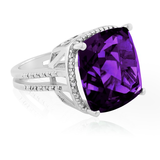 12ct Split Shank Amethyst & Diamond Ring