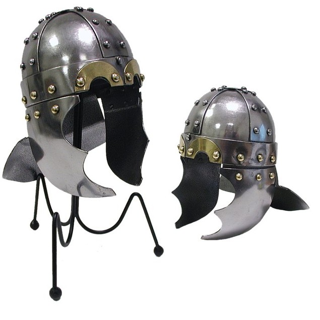 Mini Viking Golden Eye Helm Desktop Display
