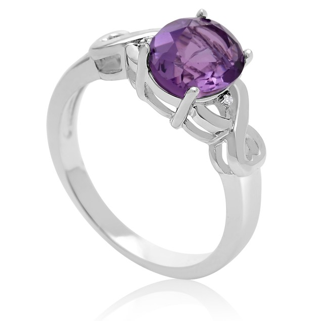 1 3/4 Ct Oval Shape Amethyst and Diamond Ring