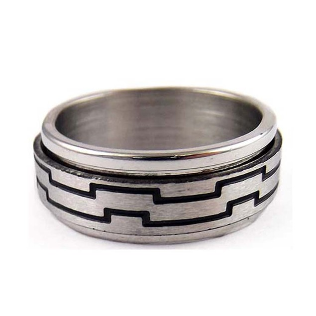 Free Stainless Steel Spinner Ring With Line Design