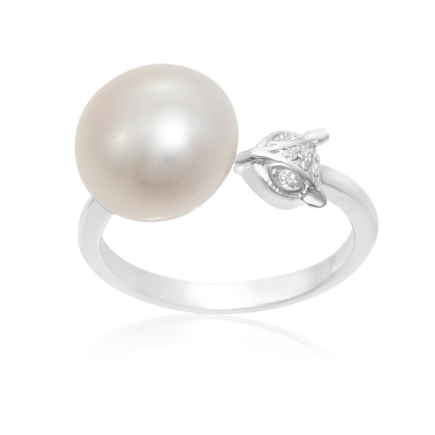 12mm Freshwater Cultured Single Pearl and Fox Ring