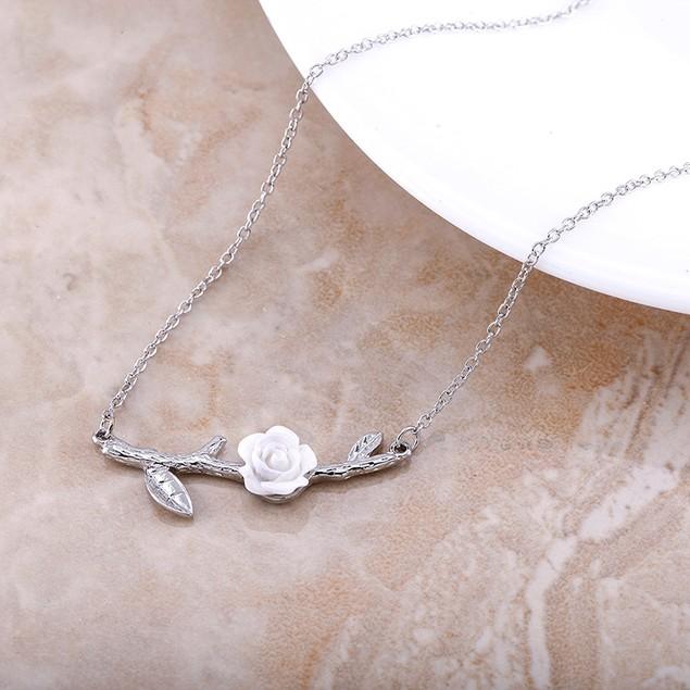 18kt White Gold Rose Sideways Necklace
