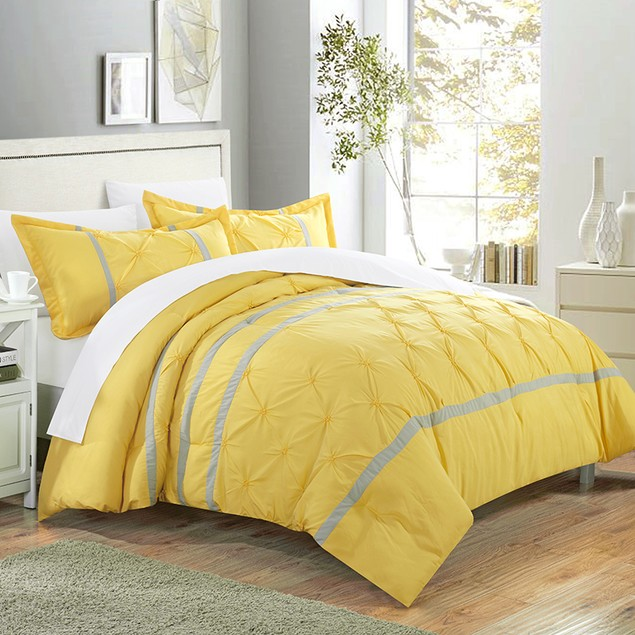 Chic Home 3 Piece Vaness Pinch Pleat Pintuck Duvet Cover and Shams Set