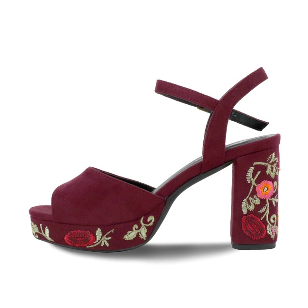 Olivia Miller 'Astoria' Floral Embroidered Peep Toe Buckle Sandals