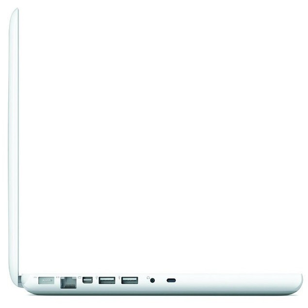 "Apple 13.3"" MacBook MC240LL/A (2GB RAM, 160GB HDD) - Grade B"