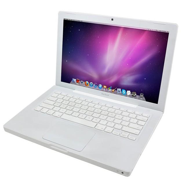 """Apple 13.3"""" MacBook MB061LL/A, 500GB SSD, Intel Core 2 Duo, 2GB RAM"""