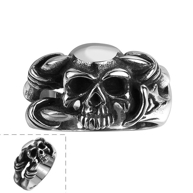 Singular Black Skull Stainless Steel Ring
